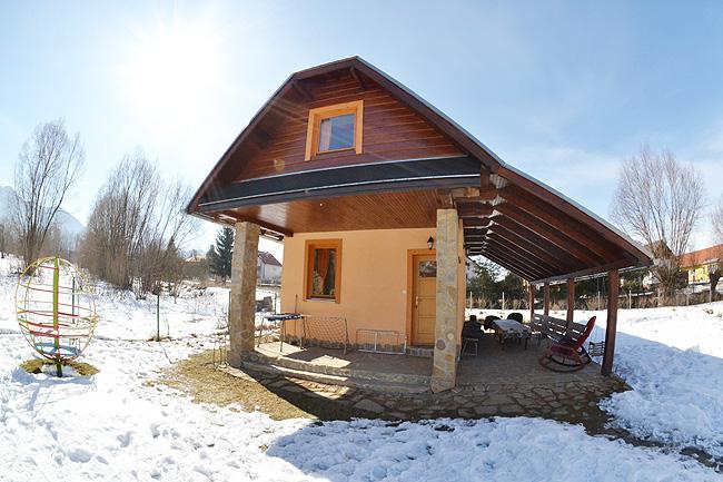 Ubytovanie Liptov - chata Liptov, ubytovanie v N�zkych Tatr�ch v obci Sv�t� Kr� v apartm�novej chate