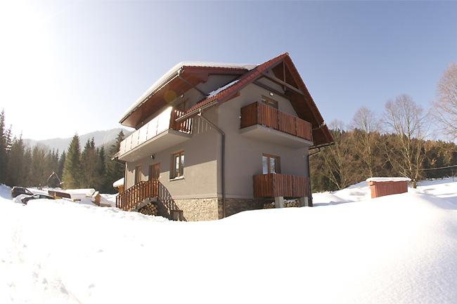 Chata - Apartmány Demänovská Dolina - ubytovanie v Nízkych Tatrách v Demänovskej Doline s možnosťou lyžovania v Jasnej a Pavčinej Lehote a kúpania v aquaparku Tatralandia